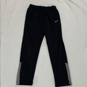 Nike Boys Dri-fit joggers Large
